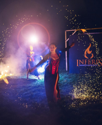Inferis Teatr Ognia fireshow